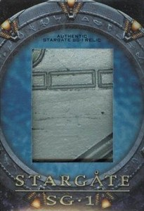 2009 Stargate Heroes Relic