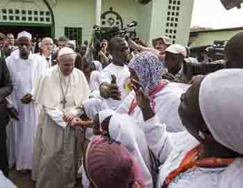 Pope at the grand mosque in Bangui