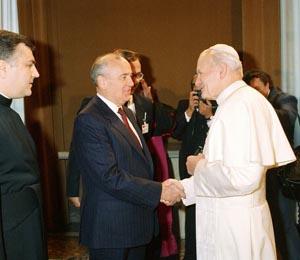 Juan Pablo II recibe Gorbachov en el Vaticano