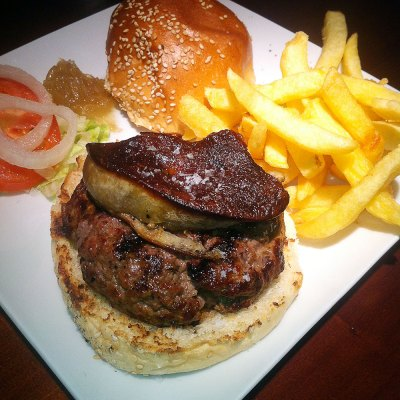fancy-burger-hamburguesa-foie-@-mad-cafe_w