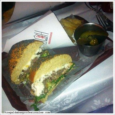 hamburguesa-completa-@-cafeteria-hd_w