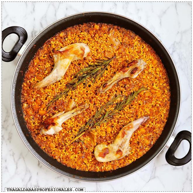 Tragaldabas Profesionales - Paella conejo calabaza