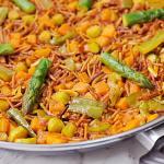 Rossejat de fideos con verduras