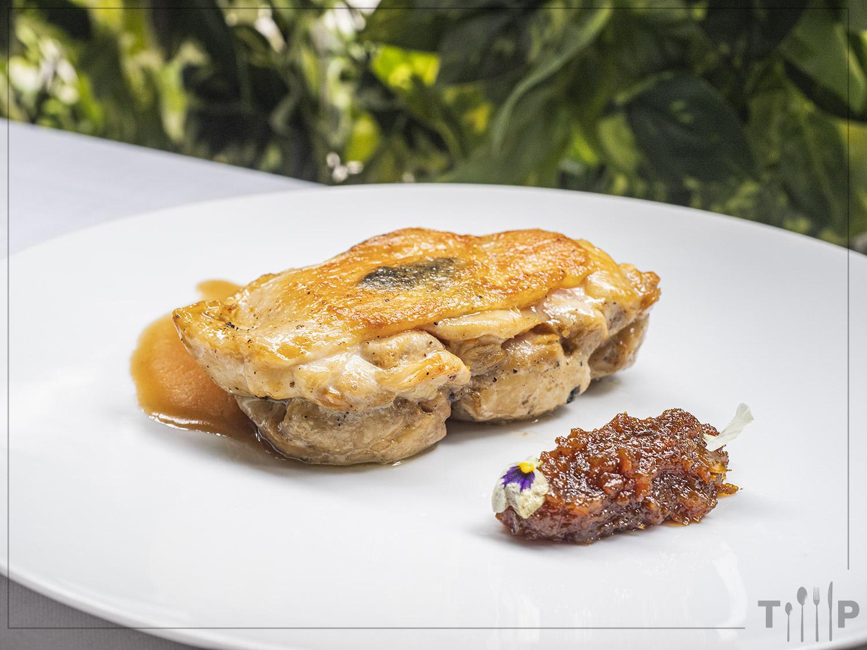 Pularda trufada Restaurante Álbora Madrid