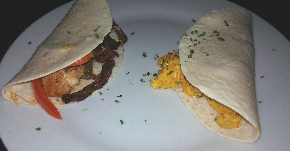 Tecolotes tacos