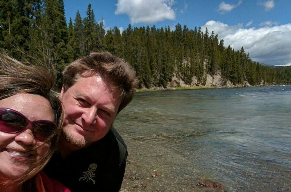 DuoSelfie-YellowstoneRiver