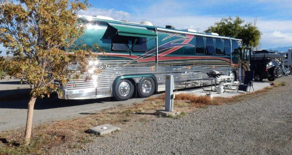 I thought this motorhome was especially impressive! Great colors and lines on it.