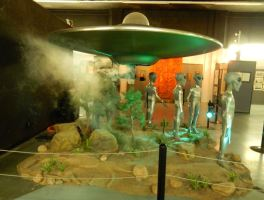 ufo_museum_diorama