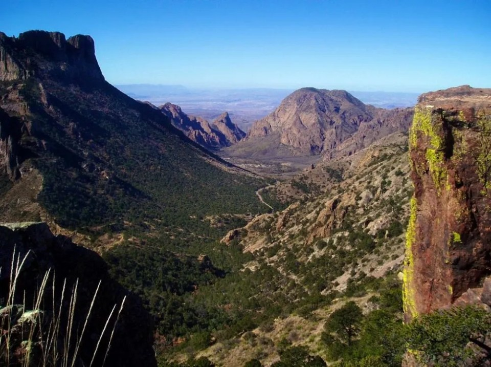 Alternate view of the Chisos Basin from Lost Mine Trail