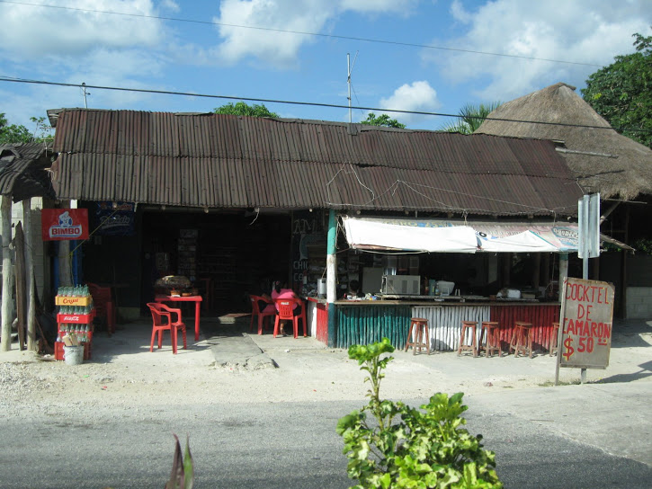 Passing through small villages on the way to Chichen Itza