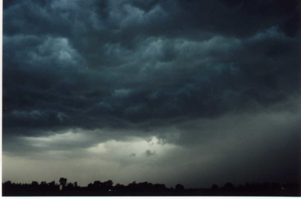 A photo of a pretty nasty storm from back in my Indiana SkyWarn days.