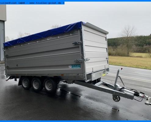 Twin Trailer TR35-40 angekippt