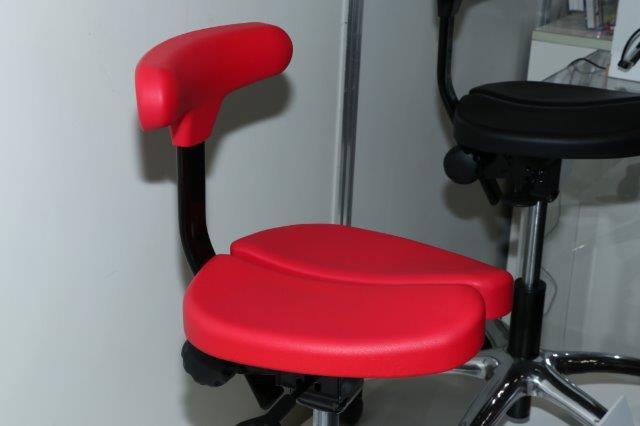 腰痛, 椅子, イス, ヘルニア, 椎間板, 狭窄, 坐骨,