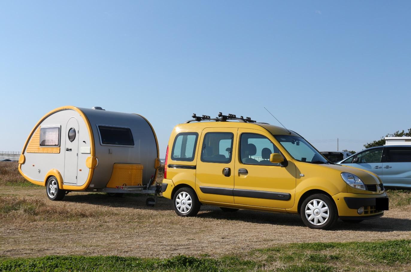 yellow kangoo, renault, kangoo, smallegg, caravan, camping trailer, ルノー, キャンピングトレーラー, キャラバン, カングー, スモールエッグ,