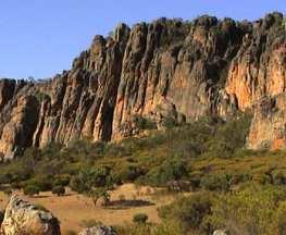 trail-hiking-australi-mount-arapiles-circuit
