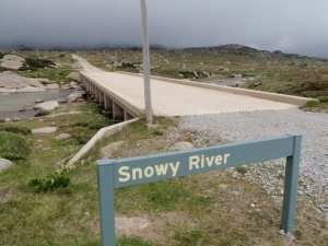 Summit Trail – Charlotte Pass to Snowy River