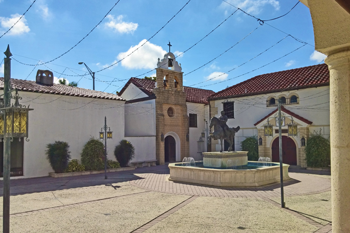 DE SOTO'S HOME & CHAPEL: THE SPANISH PLAZA