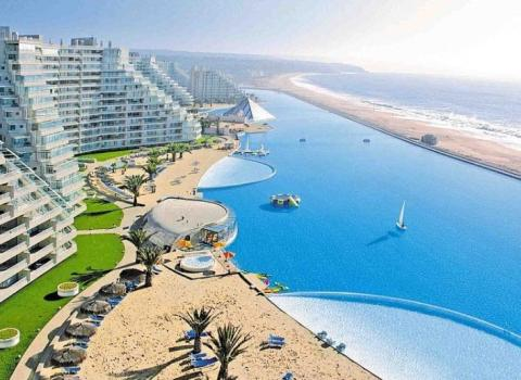 The World's Largest Swimming Pool: San Alfonso del Mar