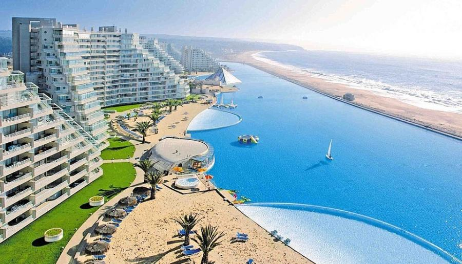 largest pool in the world san alfonso Del Mar