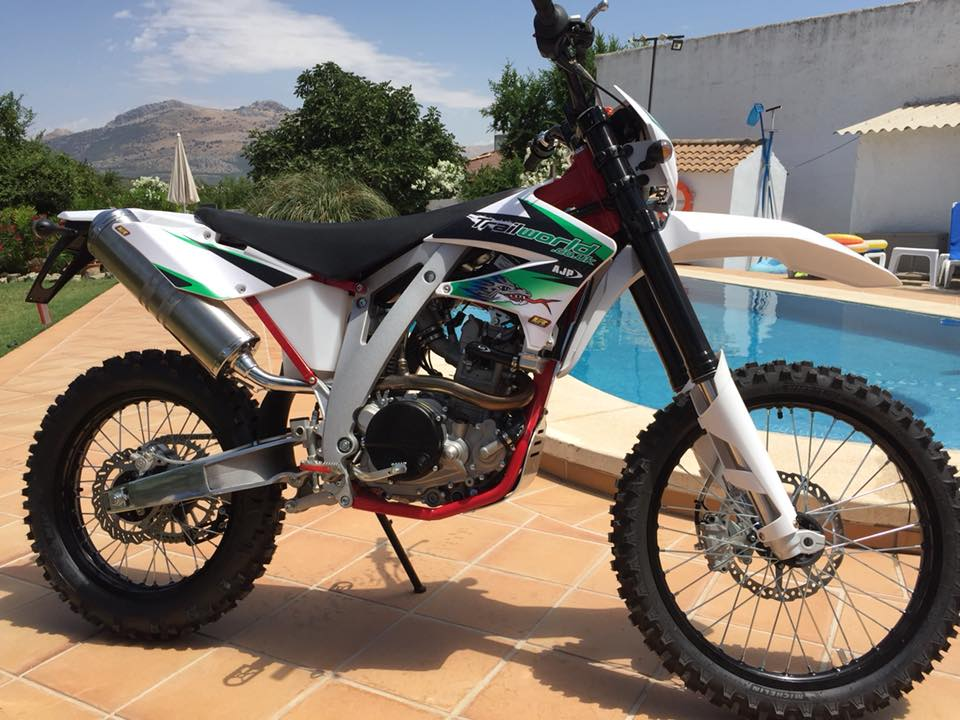 AJP PR5 250 Enduro Motorcycle for your off-road motorcycle tour in Spain