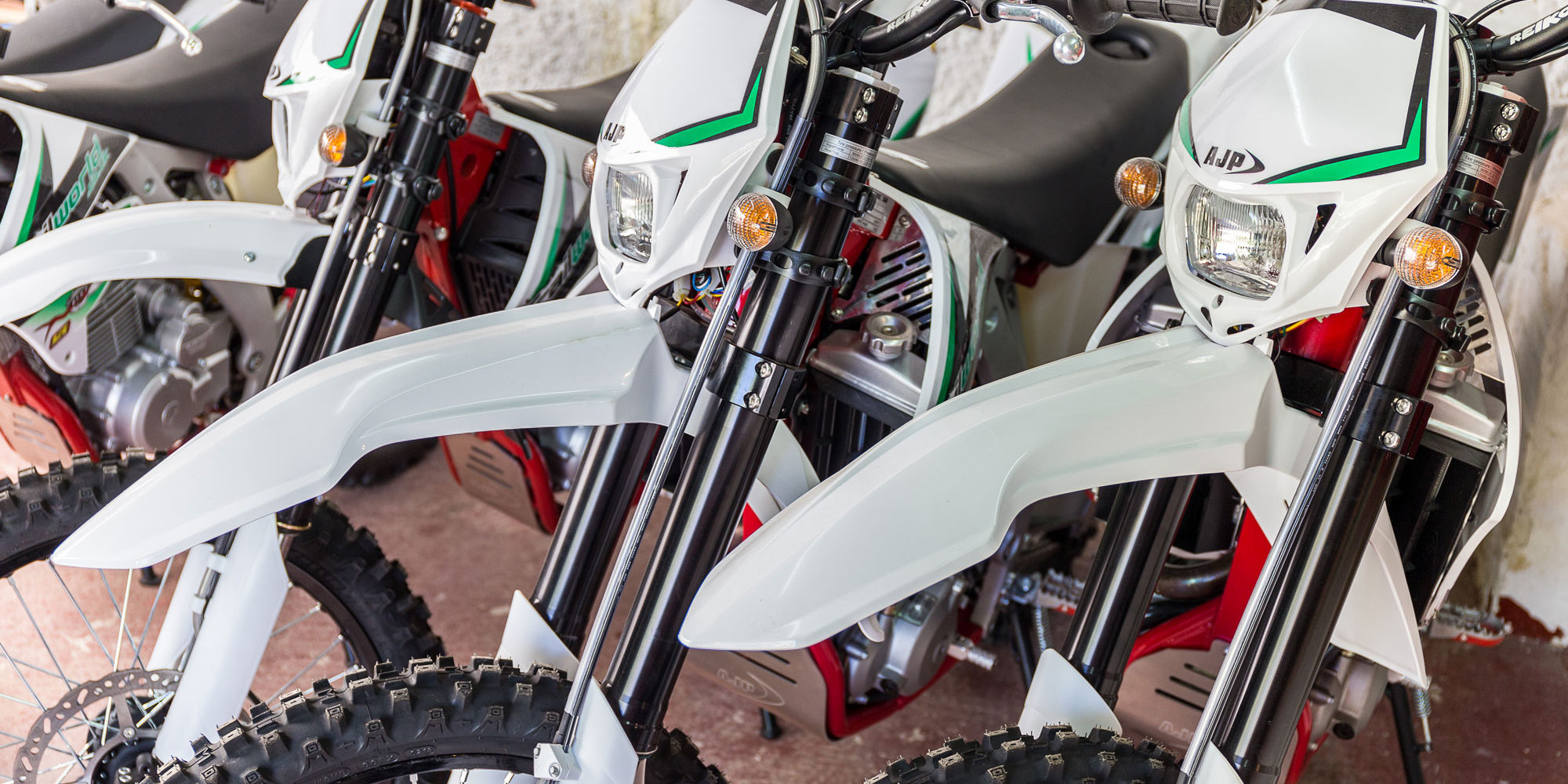 Brand new motorcycles for your Dirt Bike Holidays