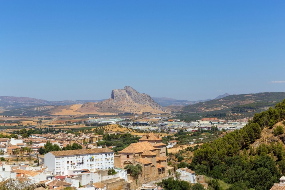 Our off-road motorcycle tour will have you riding  to Antequera where you will experience the best off-road trails Spain has to offer.