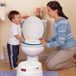 Hướng dẫn con tự đi vệ sinh