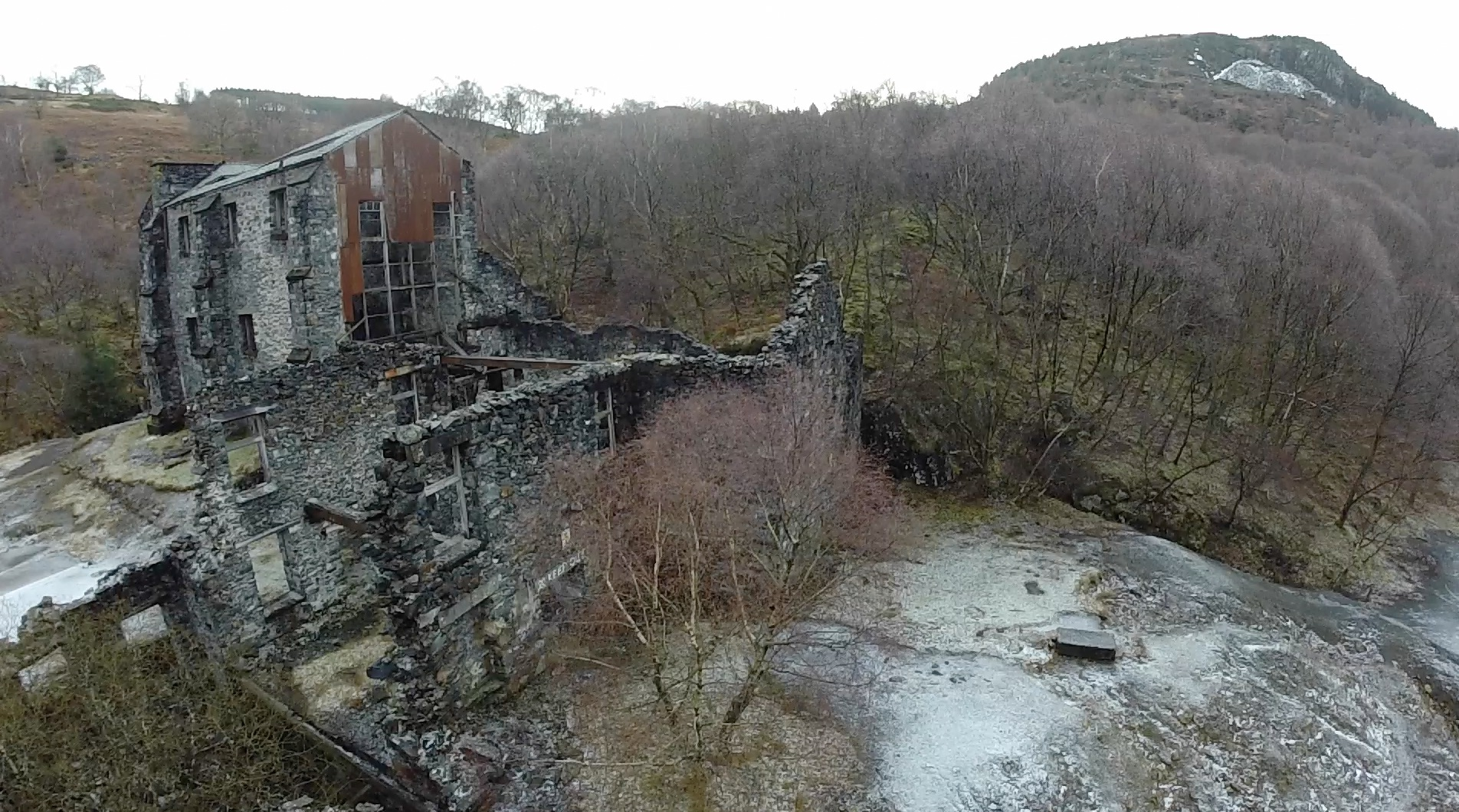 Look around Klondike Mill from above