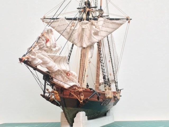 Infamous pirate Blackbeard's  sloop in 1:57 scale