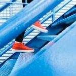 Implementare contratti relazionali in 5 step Trakti Photo by Lindsay Henwood on Unsplash