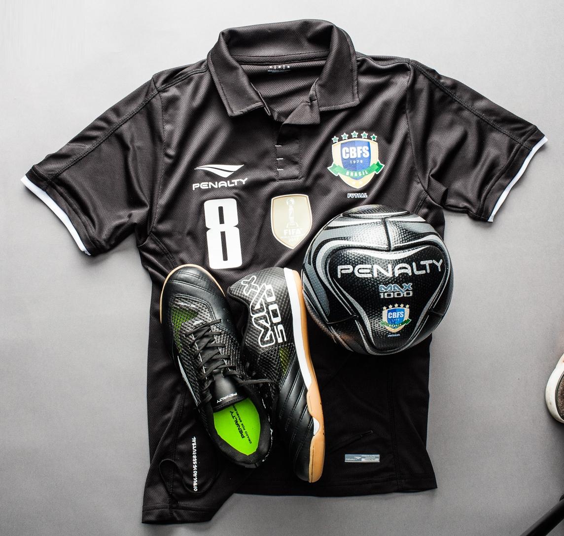 09826fee8ea04 Penalty apresenta linha Black da Seleção Brasileira de Futsal