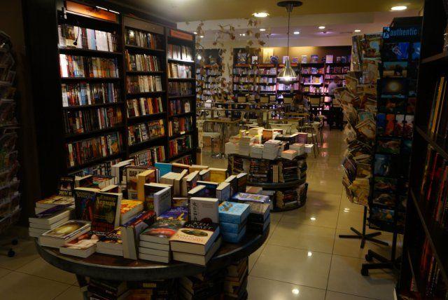"""Księgarnia Greenwich - współorganizator akcji """"Nowa książka za stary papier"""""""