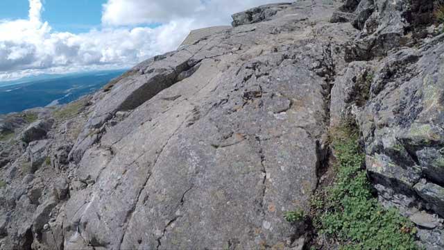 Löpning över klipphällar