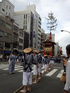On Shijo, waiting for the float in front of us to turn
