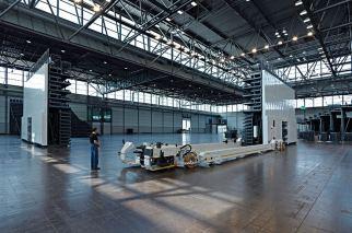 Leipziger Messe Halle:Eins Deutschland ELAN TransFlex 360 mobile Teleskop-TribünenELAN Standworks
