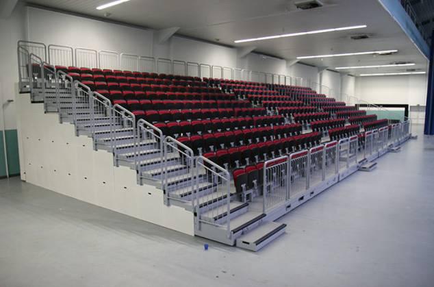 Nordseehalle Emden Deutschland ELAN TransFlex 100 mobile Teleskop-Tribünen ELAN Standworks