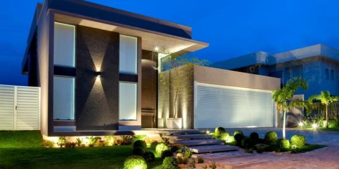 Cores de fachadas de casas modernas dicas e tend ncias for Casas modernas de 70m2