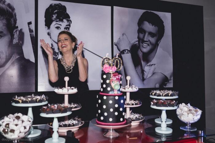 Festa anos 60: o que não pode faltar na sua decoração