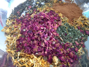 custom tea mix, herbal tea, custom herbal tea mixture, herbal infusions, flower essence consultations, alternative medicine, rose, calendula, cinnamon