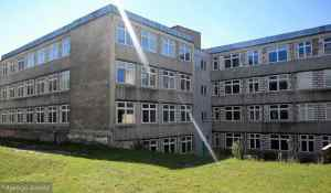 Stary budynek Instytutu Lingwisytki Stosowanej