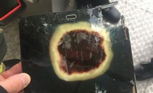 Samsung device left on plane to Amsterdam which overheated and Delta flight had to be diverted to Manchester