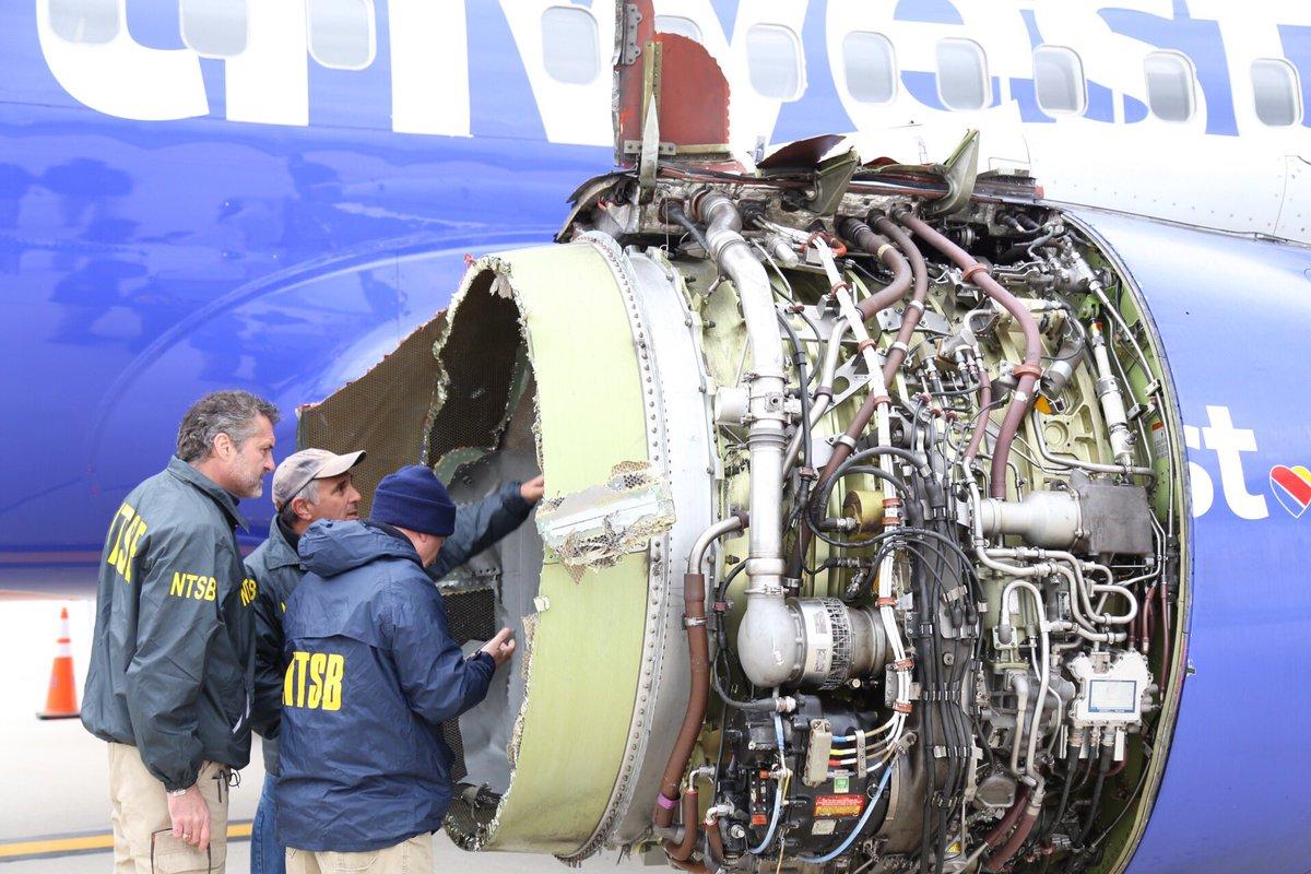 Resultado de imagen para southwest SW1380 Boeing 737-700