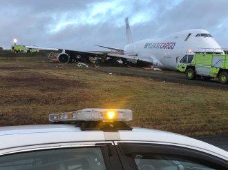 SKYLEASE CARGO-BOEING 747-400-N908AR