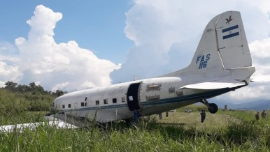 DOUGLAS-C-47--FAS-FAS116_2