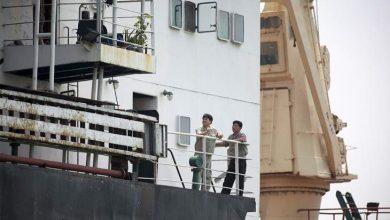 Photo of Por fin repartan a norcoreanos de embarcación embargada hace un año