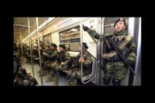 Muchos son los que hablan de estaciones y túneles secretos en el Metro.La leyenda habla sobre la estación Transmisiones Militares,supuestamente es secreta y se encuentra después de Cuatro Caminos,además se dice que sería usada por el ejército en casos de emergencia para llegar en minutos al Zócalo.