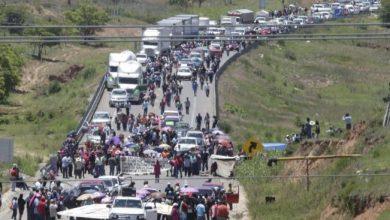 Photo of Transportistas de carga evalúan dejar de abastecer Sureste por bloqueos