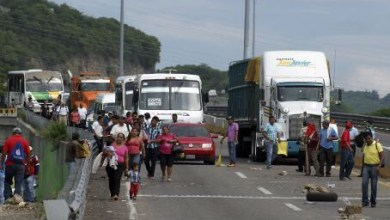 Photo of Sección 22 de la CNTE inmoviliza 100 camiones de carga