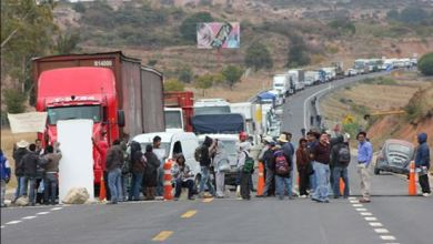 Photo of Vueven a bloquear carretera a Oaxaca