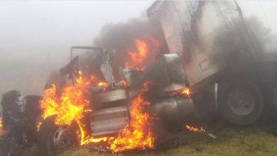 Photo of Se incendian tráilers tras carambola en la Puebla-Veracruz